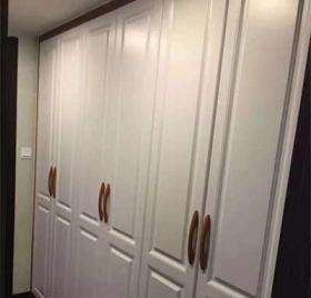 吸塑门衣柜